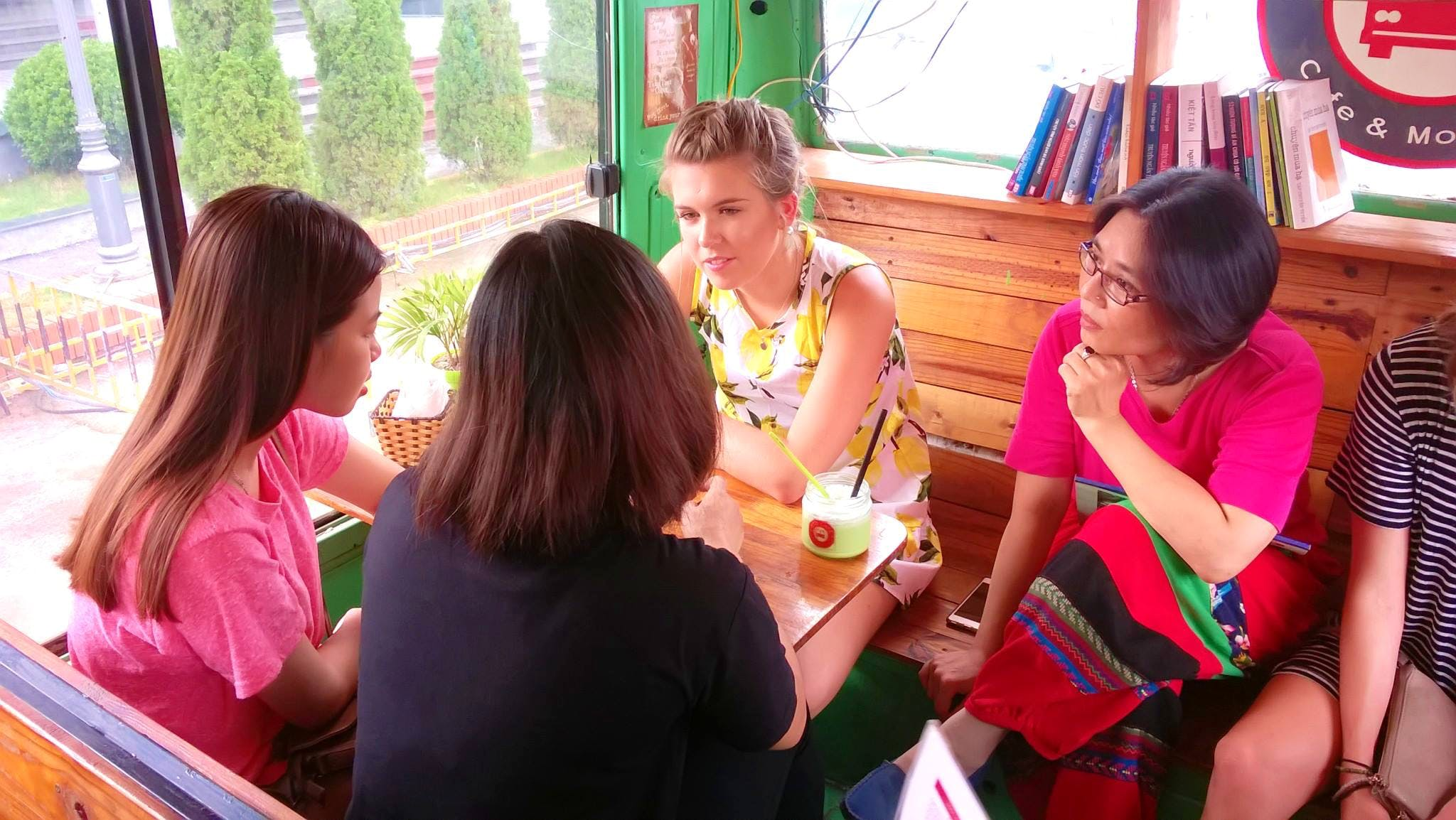 English Teaching and Conversation