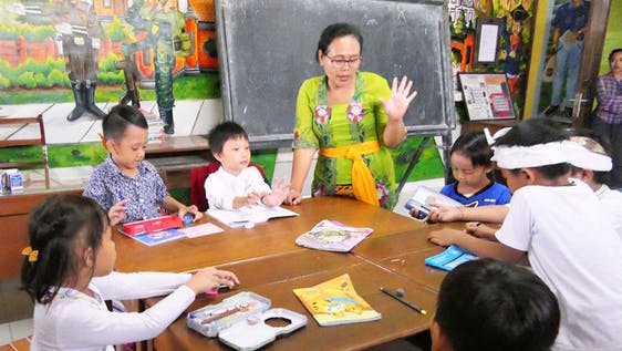Teach English in a Private Pre-School