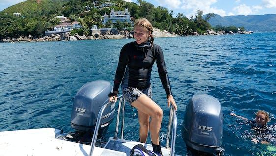 PADI Divemster Internship & Marine Conservation