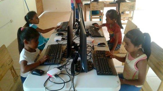 IT & Knowledge Center Facilitator