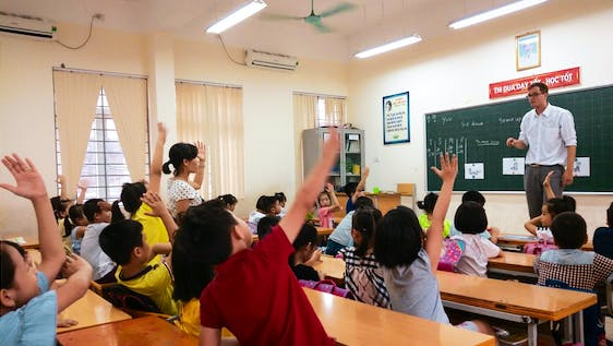 Exchange Cultures by Teaching Kids